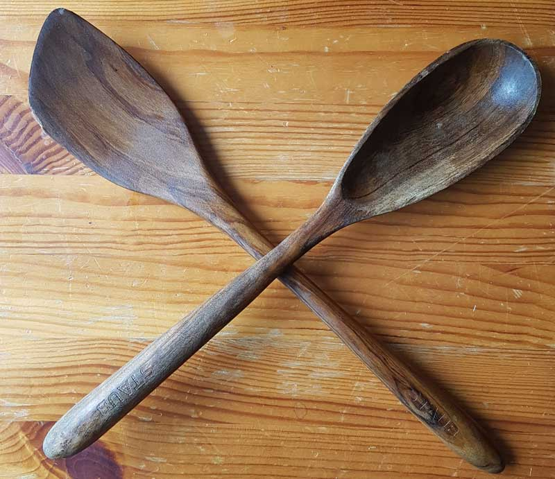 How to Restore Wood Kitchen Utensils
