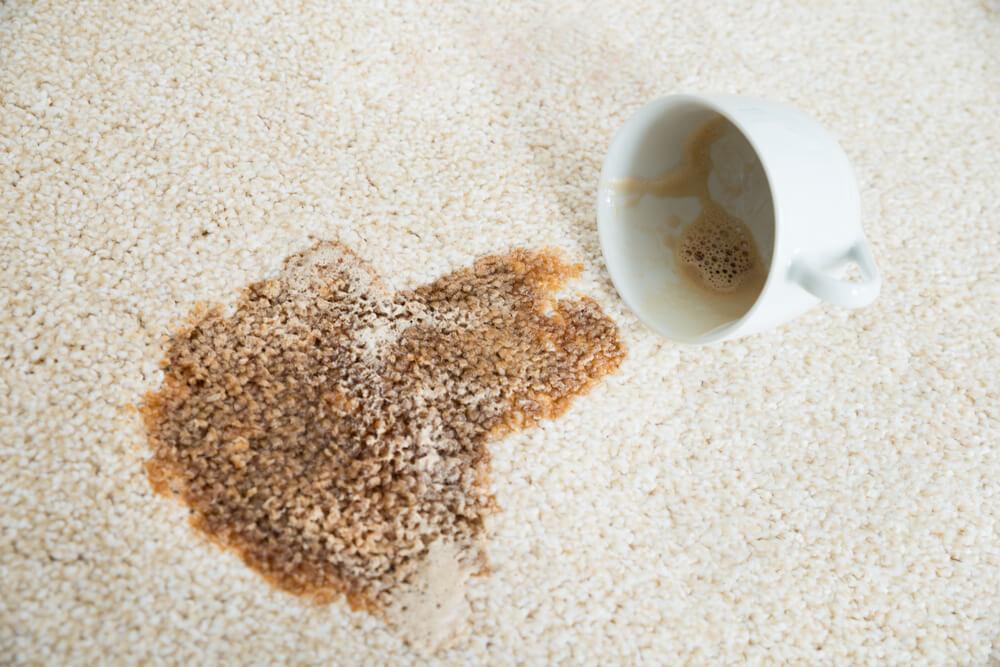 5 Foods To Avoid Eating On Carpet